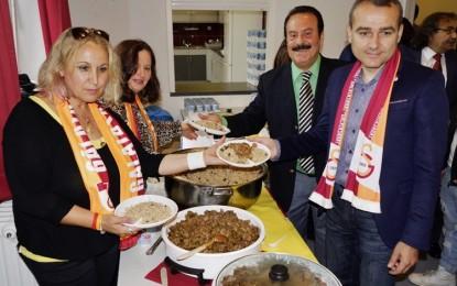 Galatasaray Hamburg'un Pilav Gününe yoğun ilgi