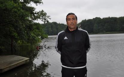 Eski Fenerli Erhan Albayrak, FC Türkiye'nin yeni teknik direktörü
