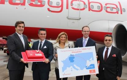 Atlasglobal, Hamburg – İstanbul 100. Uçuşunu Kutladı! VİDEO İZLE