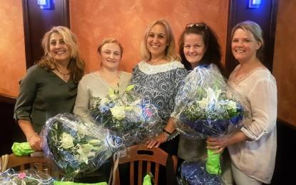 AKA-Arslan Pflegedienst'ten 4 çalışanına süpriz 10. yıl kutlaması