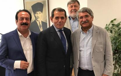 Galatasaray Başkanı Dursun Özbek, Hamburg'a geliyor!