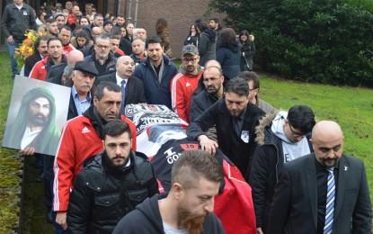 Garip(Yoshi) Erçin'i Binlerce İnsan Gözyaşlarıyla Uğurladı!