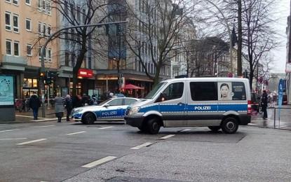 Münster'de minibüs kalabalığa daldı! 4 ölü…