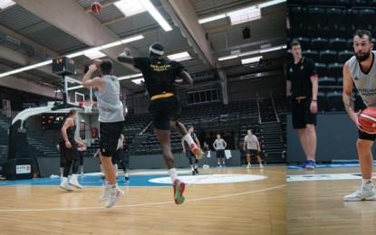 12 Dev Adam'ın rakibi Almanya, Hamburg'da ilk antrenmanını yaptı!