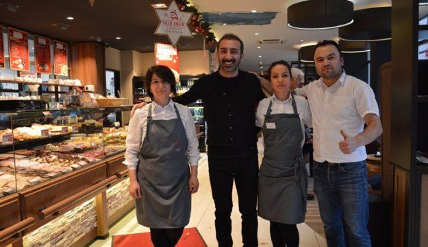 Nur Hier'in parlayan yıldızı Murat Güner'in Bäckerei 3. yaşını kutladı!