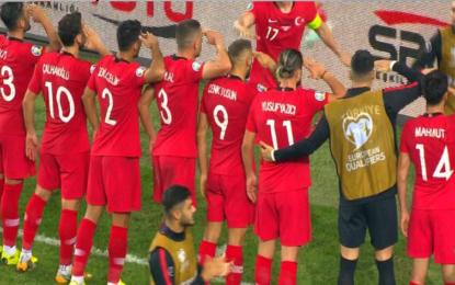 Türkiye, Arnavutluk'u 90'da devirdi!