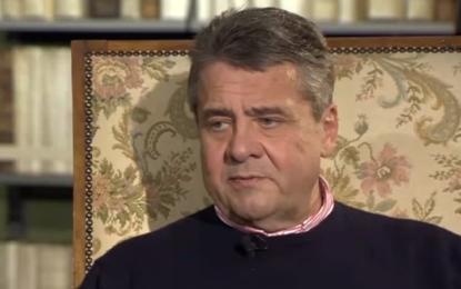 """Almanya eski Dışişleri Bakanı: """"Kürtleri kullandık"""""""