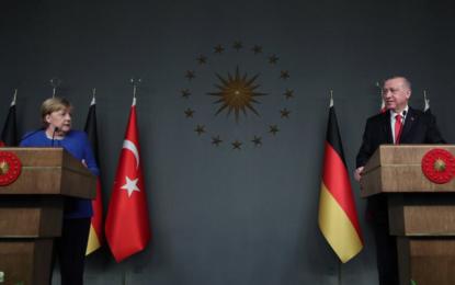 Merkel, İstanbul'da konuştu!